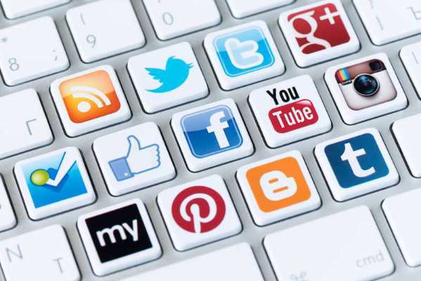 Social Media Does Not Reduce Face-To-Face Communications Claims That Study