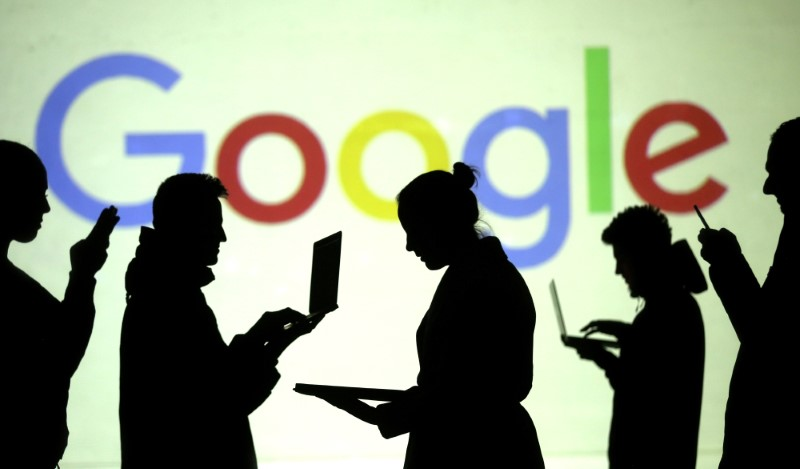 Google Struggling to Ease Tensions on Eve of New EU Privacy Law
