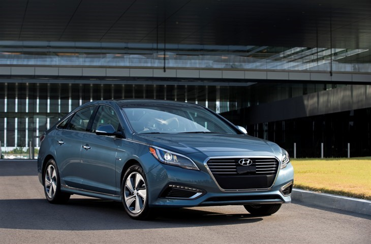 Hyundai Cuts The Prices Of Plug-In Hybrid Sonata With An Increase In Electric Range