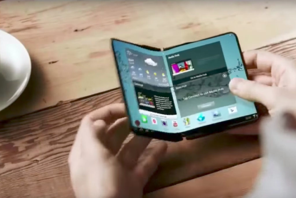 Apple Aiming For Foldable Handsets With A Difference